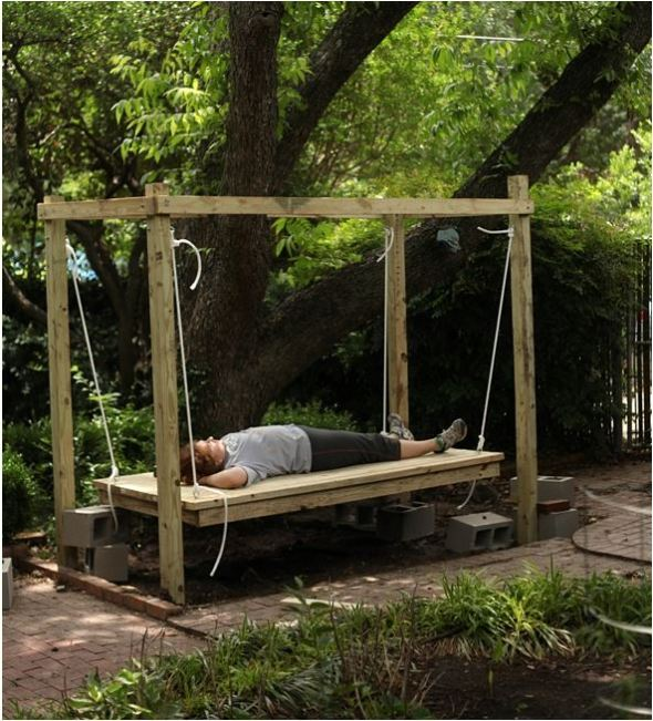 outdoor swinging bed diy