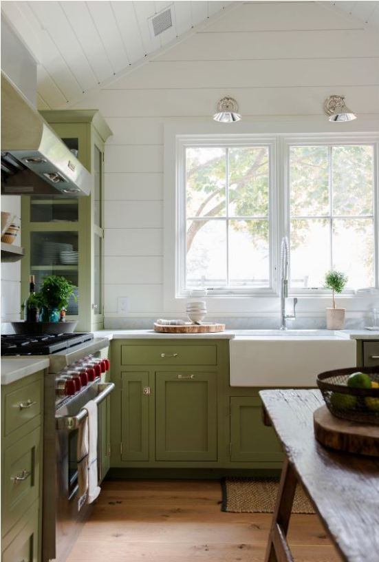 apple green kitchen cabinets
