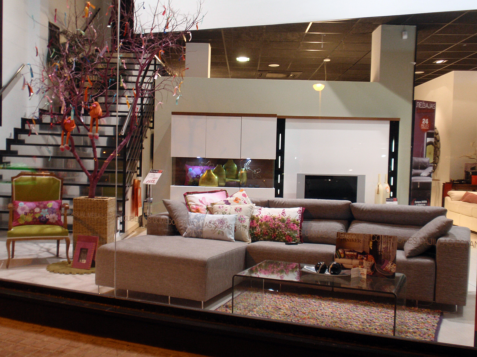 Muebles Escaparate Escaparates Y Showroom De Kiona