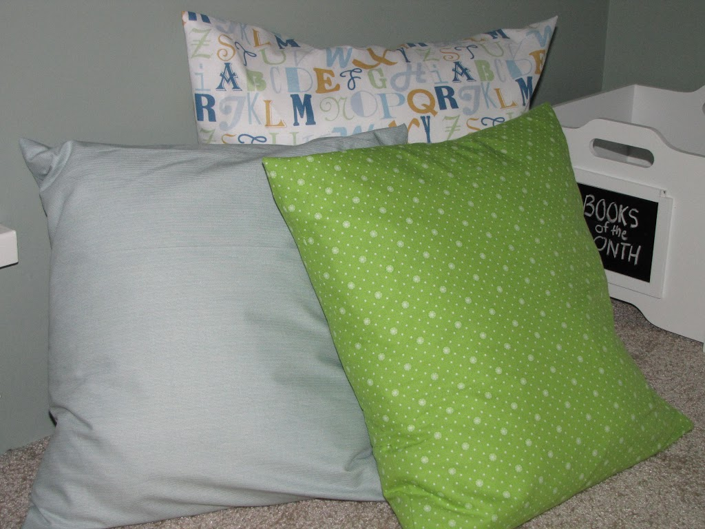 Reading Nook Floor Pillows Reading Nook Progress Easy Envelope Pillows Clean And