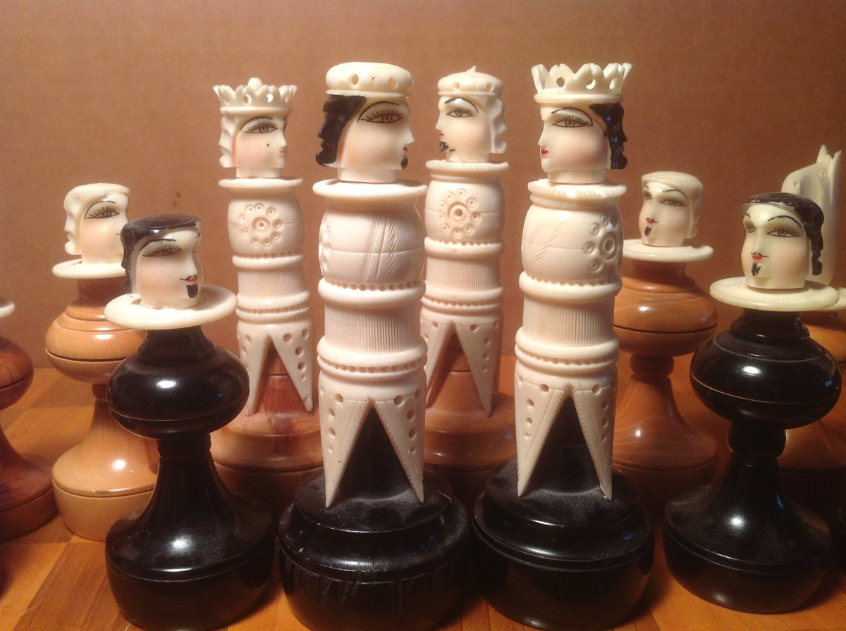 Collectors Chess Sets Vintage Chess Set Ivory Bone With Wood Bases