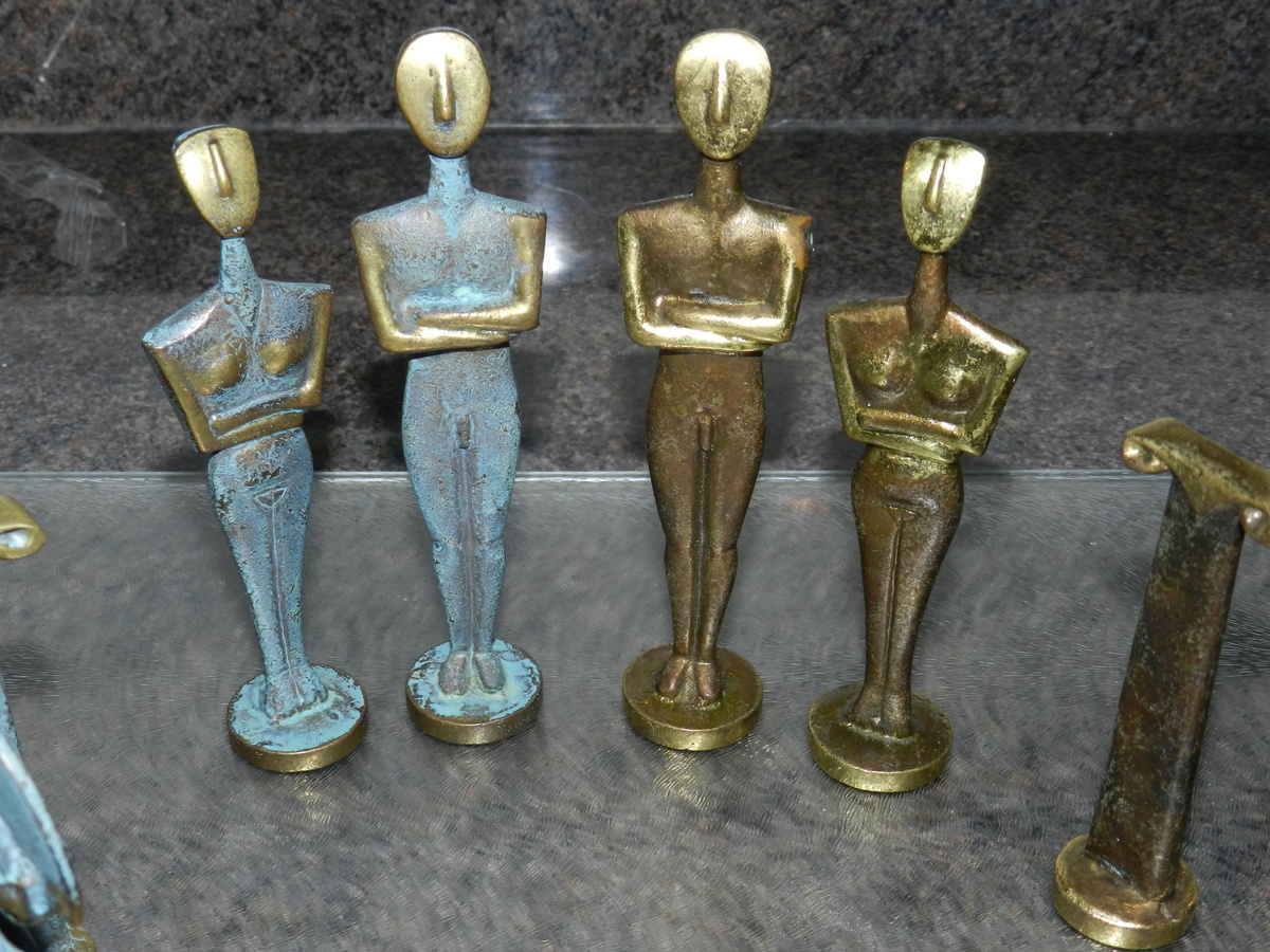 Collectors Chess Sets Brass Verdigris Chess Set Collectors Weekly
