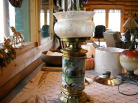 Antique oil lamp. Can anyone help with identification or ...