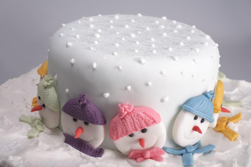 Peachy Novelty Christmas Cake Ideas How To Decorate Your Bedroom For Easy Diy Christmas Decorations Tissureus