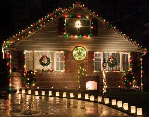 Christmas Lawn Decoration Pictures LoveToKnow - christmas lawn decorations