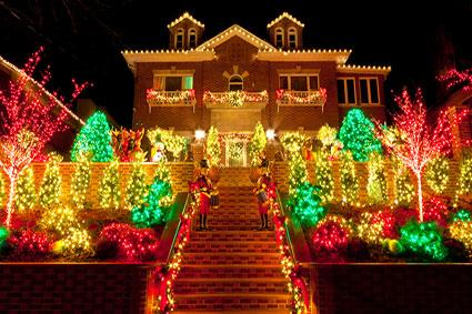 Lighted Christmas Outdoor Decorations LoveToKnow - lighted christmas yard decorations