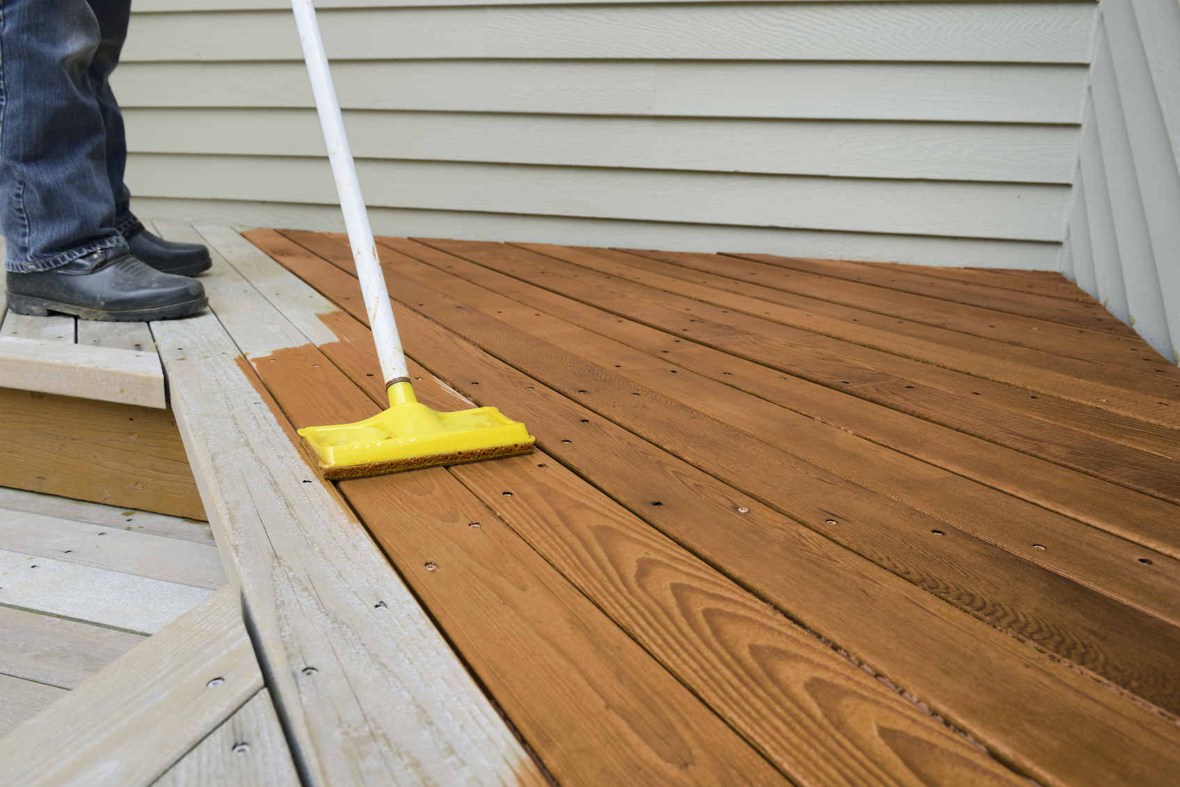 Home Depot Cedar Deck Boards 10 Best Rated Deck Stains Lovetoknow