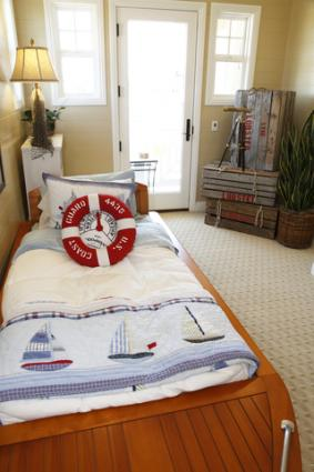 Decorating Ideas for a Nautical Bedroom - nautical bedroom ideas
