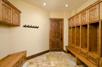 Ideas For A Mud Room Lovetoknow