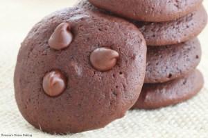Cashew milk chocolate chocolate chip cookies