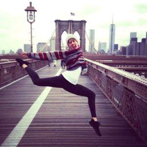 Thryn on Brooklyn Bridge