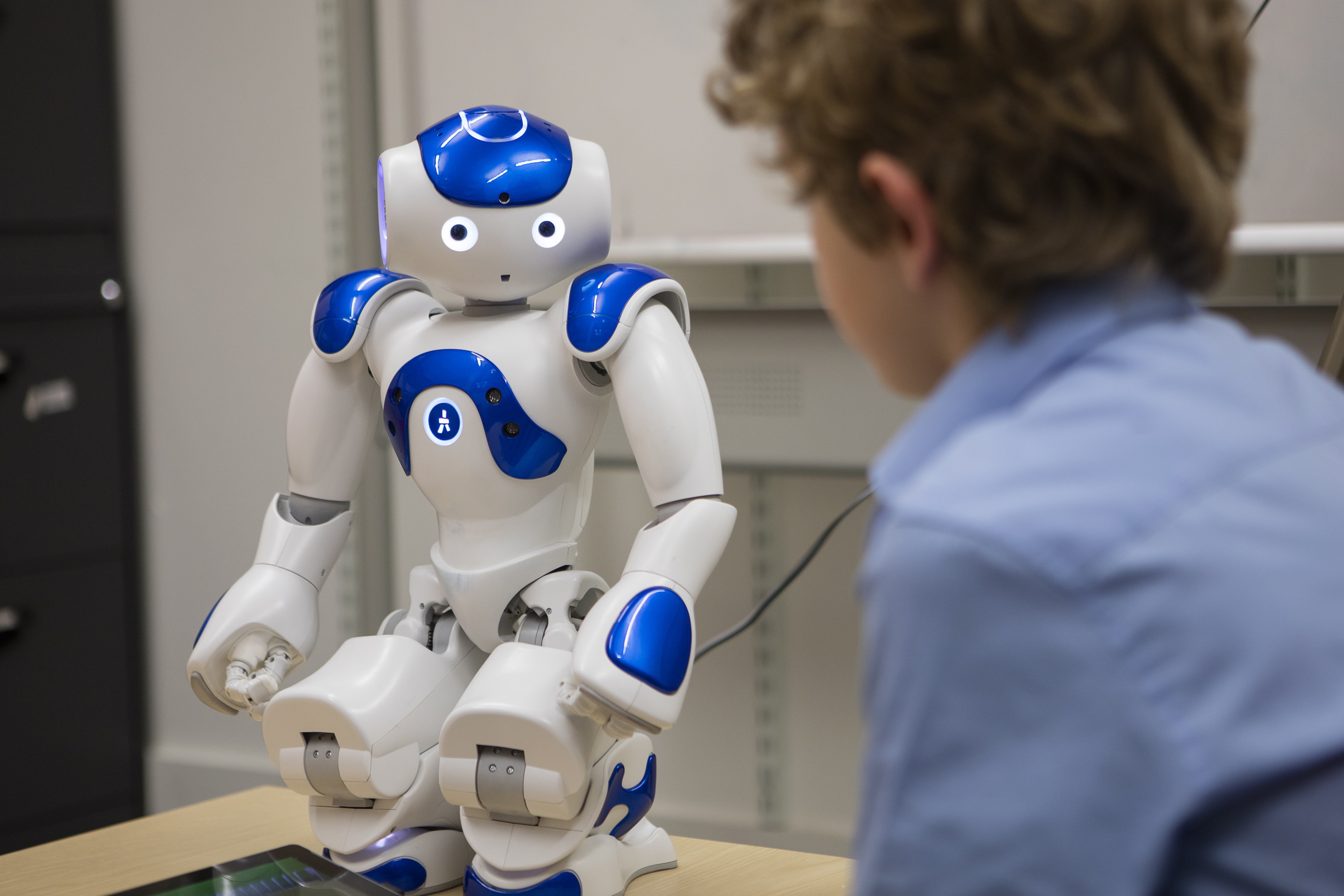 Children Robot Robots Can Easily Influence Children Help Boost Education Earth