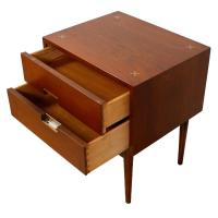 Mid-Century 2-Drawer Walnut Nightstand/End Table | Chairish