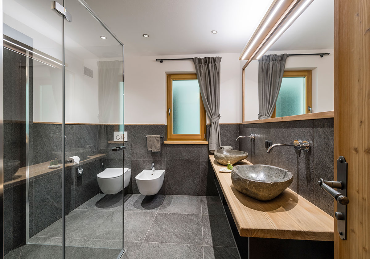 Ambiance Wc Luxury Suites Comfort And Well Being In The Dolomites