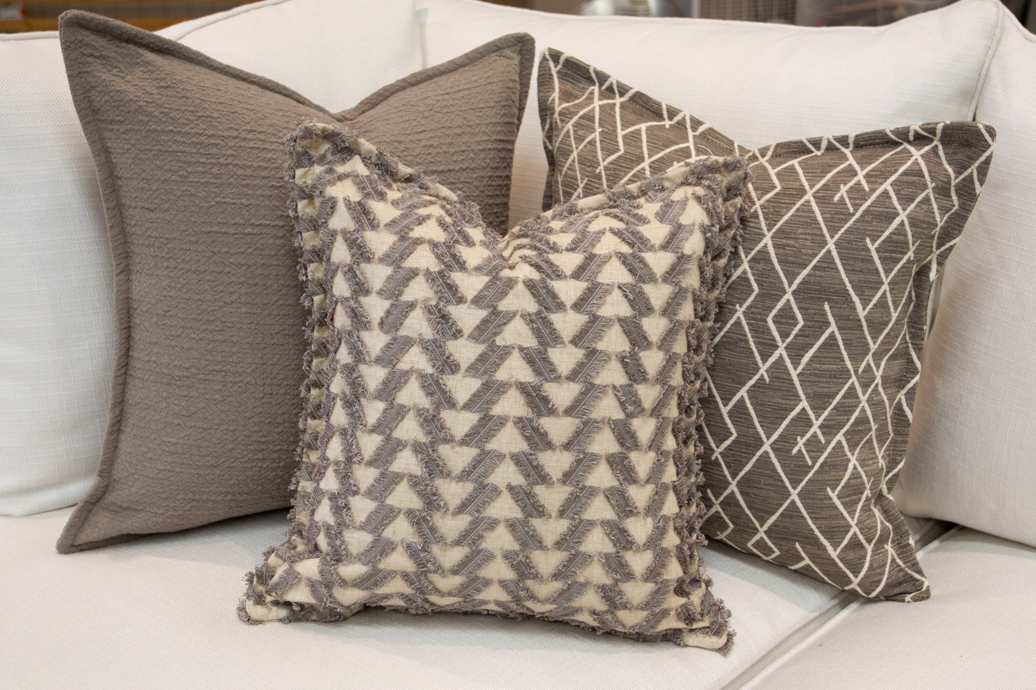 Chameleon Style 12 Days Of Pillows 2018 Grey Texture Day 4 Chameleon Style