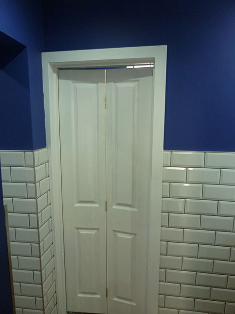 Loo cubicle doors are in! Next up - locks!