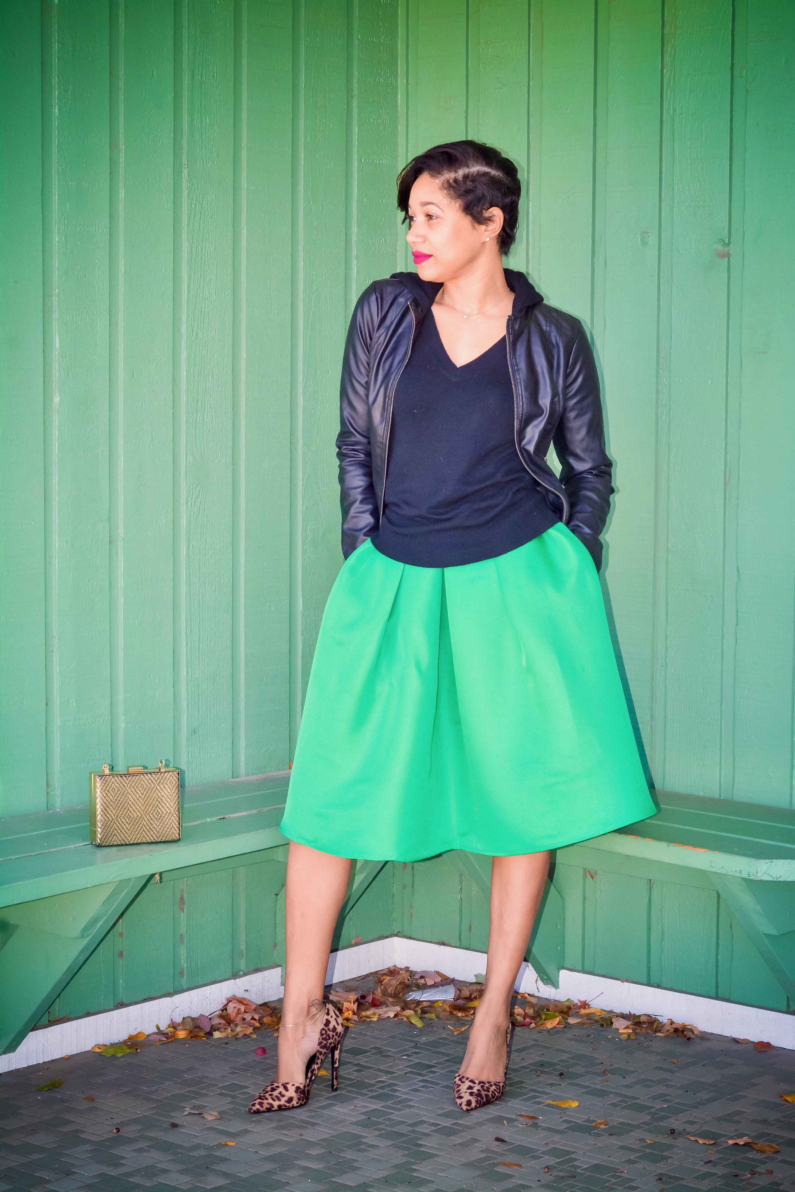 green midi skirt_leapord pumps