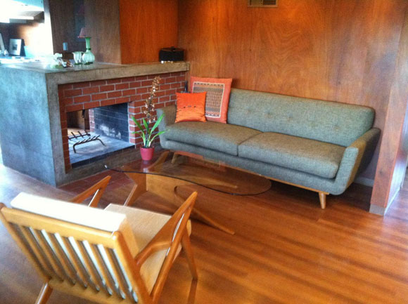 thrive-sofa.jpg