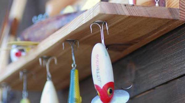 Magnetic Vintage Fishing Lure Display Shelf