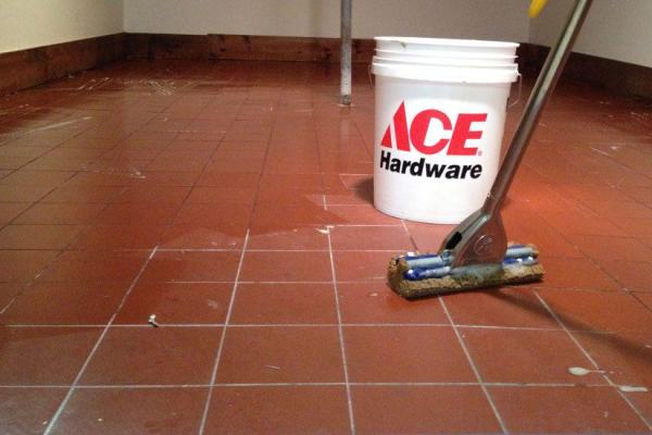 How to Epoxy Your Floor for a Durable Surface and Clean Look