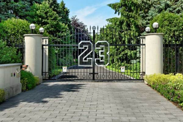 Photo Tour: Michael Jordan's House