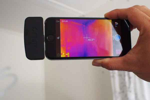 FLIR ONE Thermal Imaging Camera Hooks up to Your Smart Phone