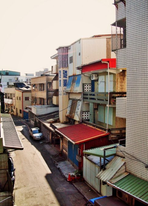 Taiwan apartment moving to taiwan - Charlie on Travel
