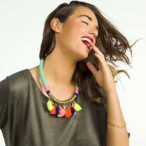 collier-avec-pompons-fluos-multicolore-femme-ti340_1_zc1