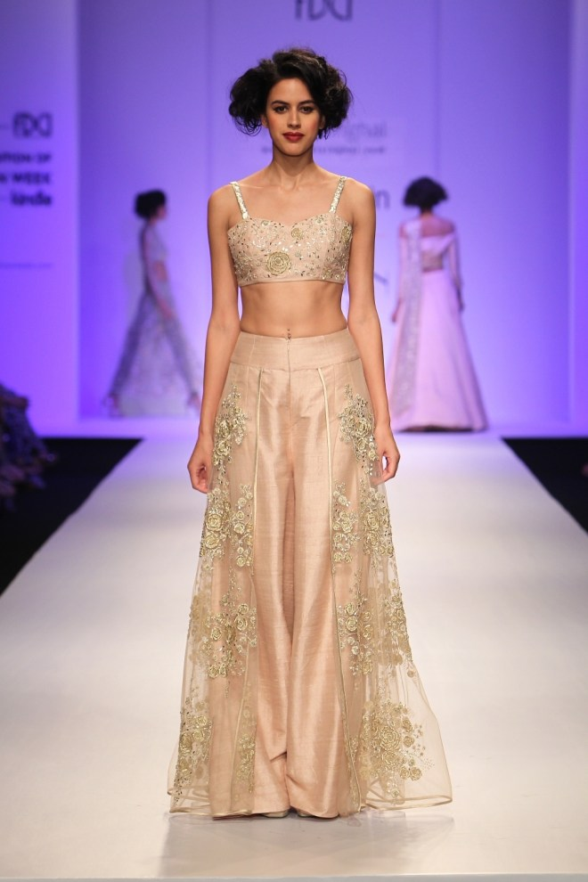 Payal Singhal Collection at AIFW AW 2015 (3)