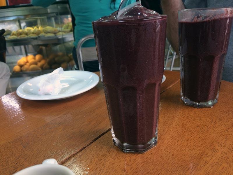 visiter-rio-acai-juices2-charonbellis