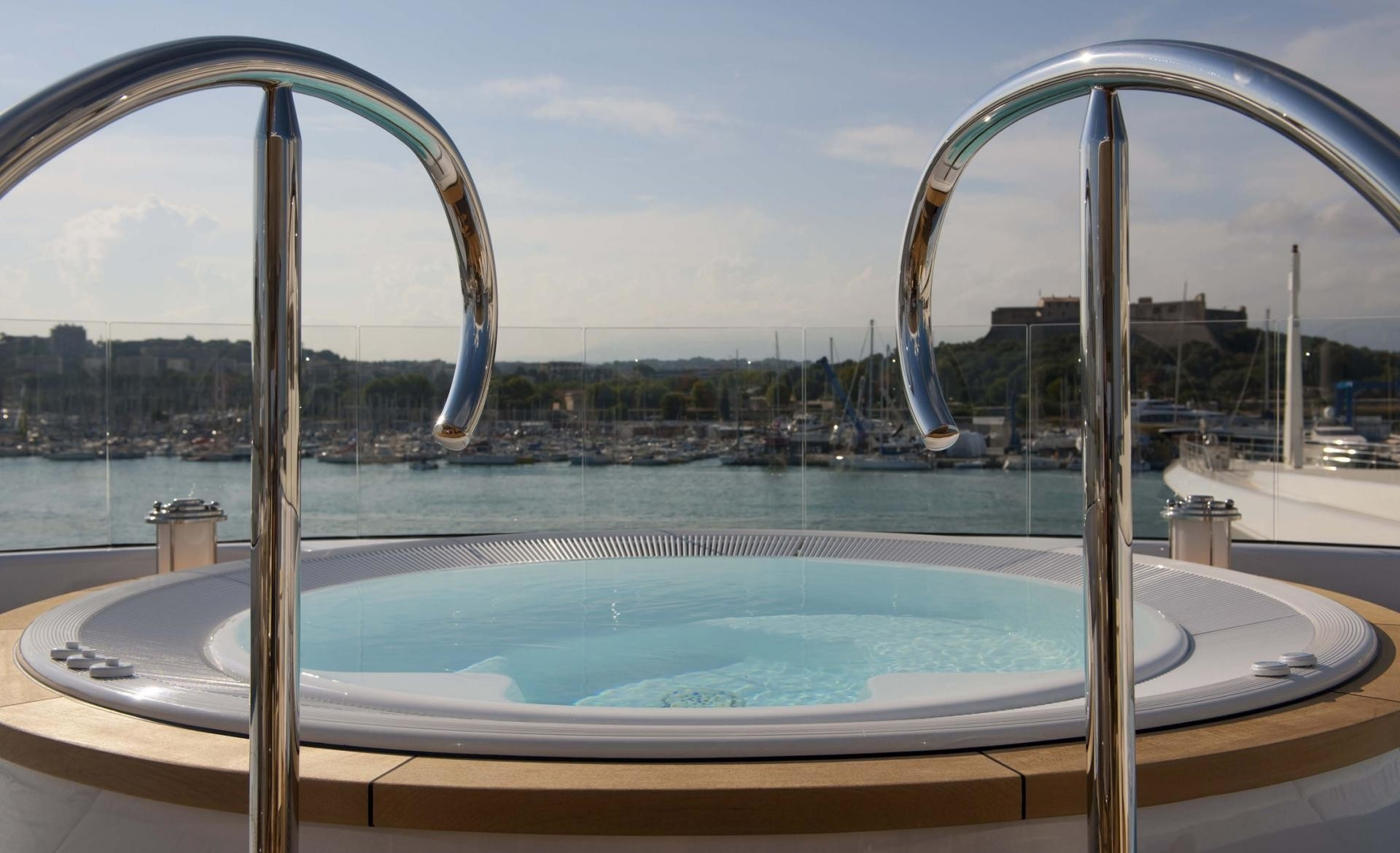 Jacuzzi Pool Details Yacht Huntress Lurssen Superyacht Charterworld Luxury
