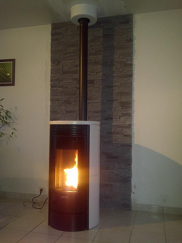 comment tuber une chemin e pour poele a bois comment mettre un tuyau de gaz br l s sur un. Black Bedroom Furniture Sets. Home Design Ideas