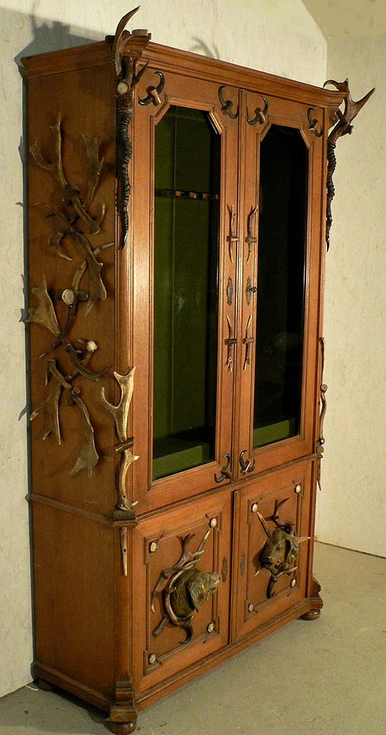 SaveEnlarge · Woodworking Project Paper Plan To Build Large 8 Gun Cabinet