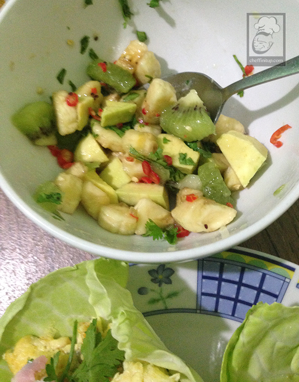 cheffinitup-fruitsalad-ham-scramble-wrap5
