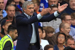 A cara de Mourinho resume a partida do Chelsea