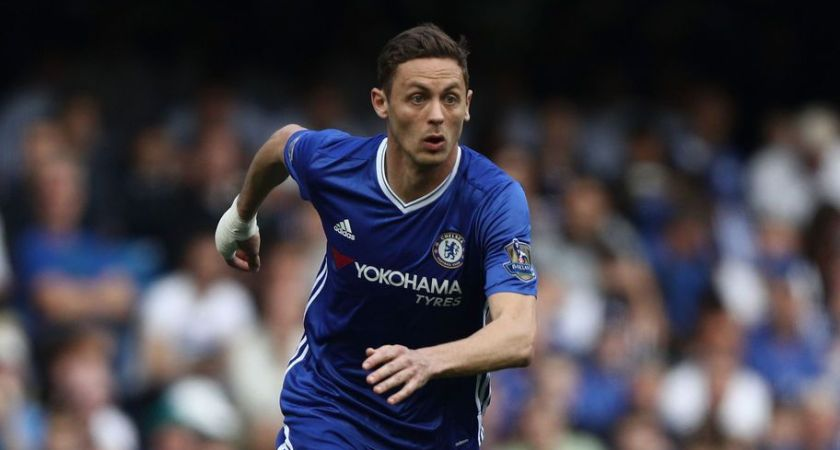 LONDON, ENGLAND - MAY 15:  Nemanja Matic of Chelsea in action during the Barclays Premier League match between Chelsea and Leicester City at Stamford Bridge on May 15, 2016 in London, England.  (Photo by Paul Gilham/Getty Images)