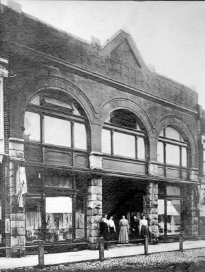 Tour-12_Schenk-bld-1911