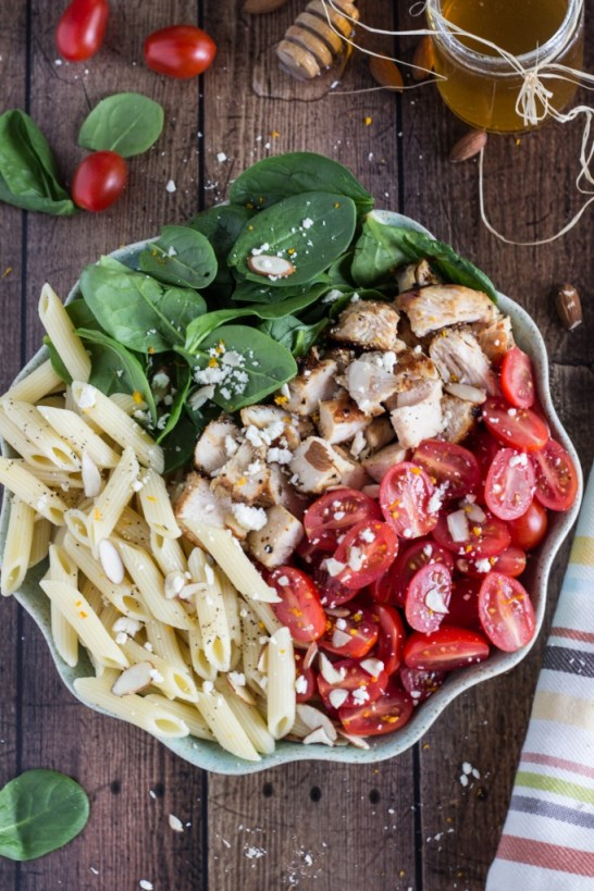 Pasta with Chicken, Spinach, Tomatoes, and Feta Cheese