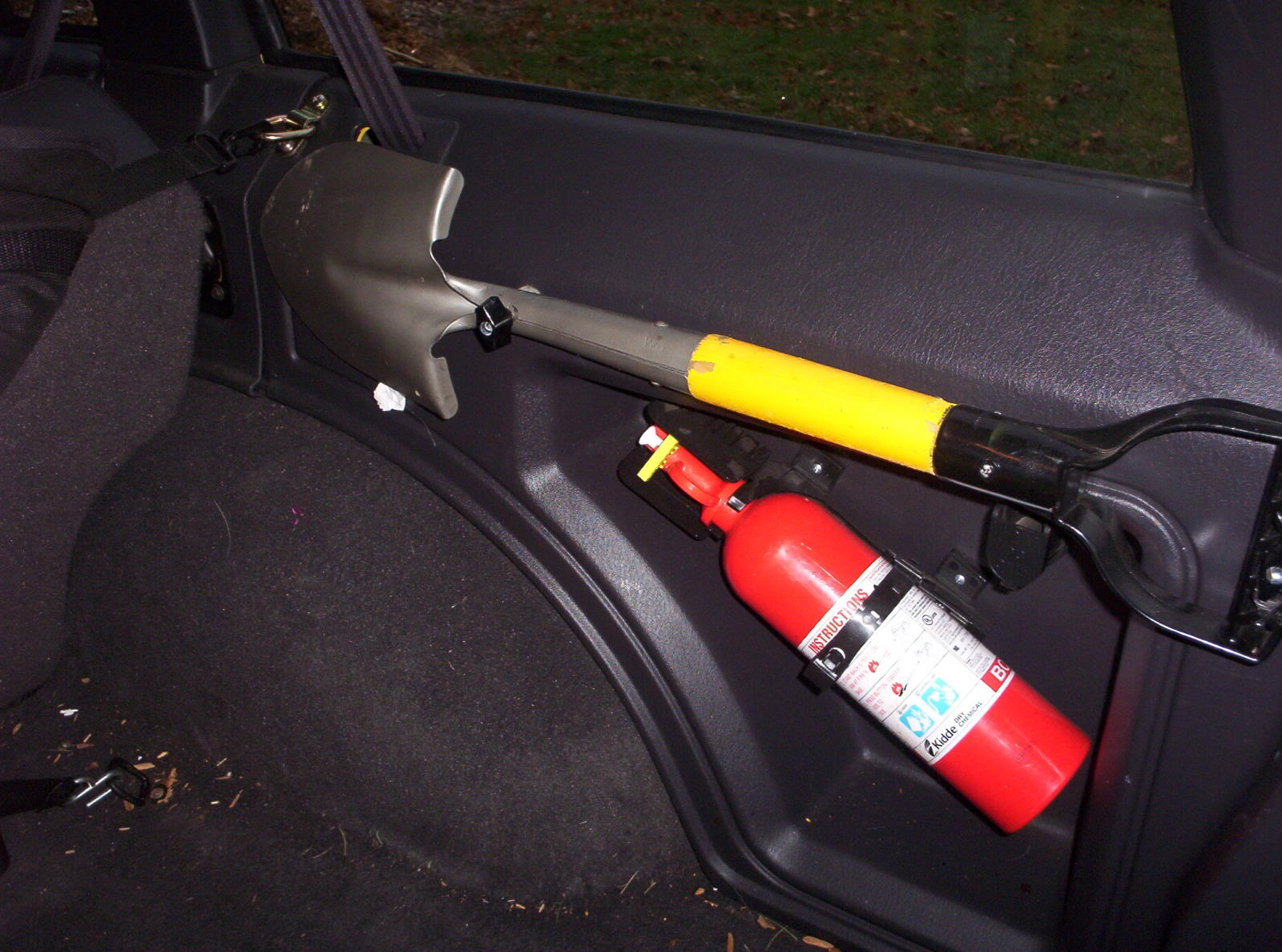 Lowes Charleston Wv Fire Extinguisher And Flashlight Mounting - Page 2 - Jeep