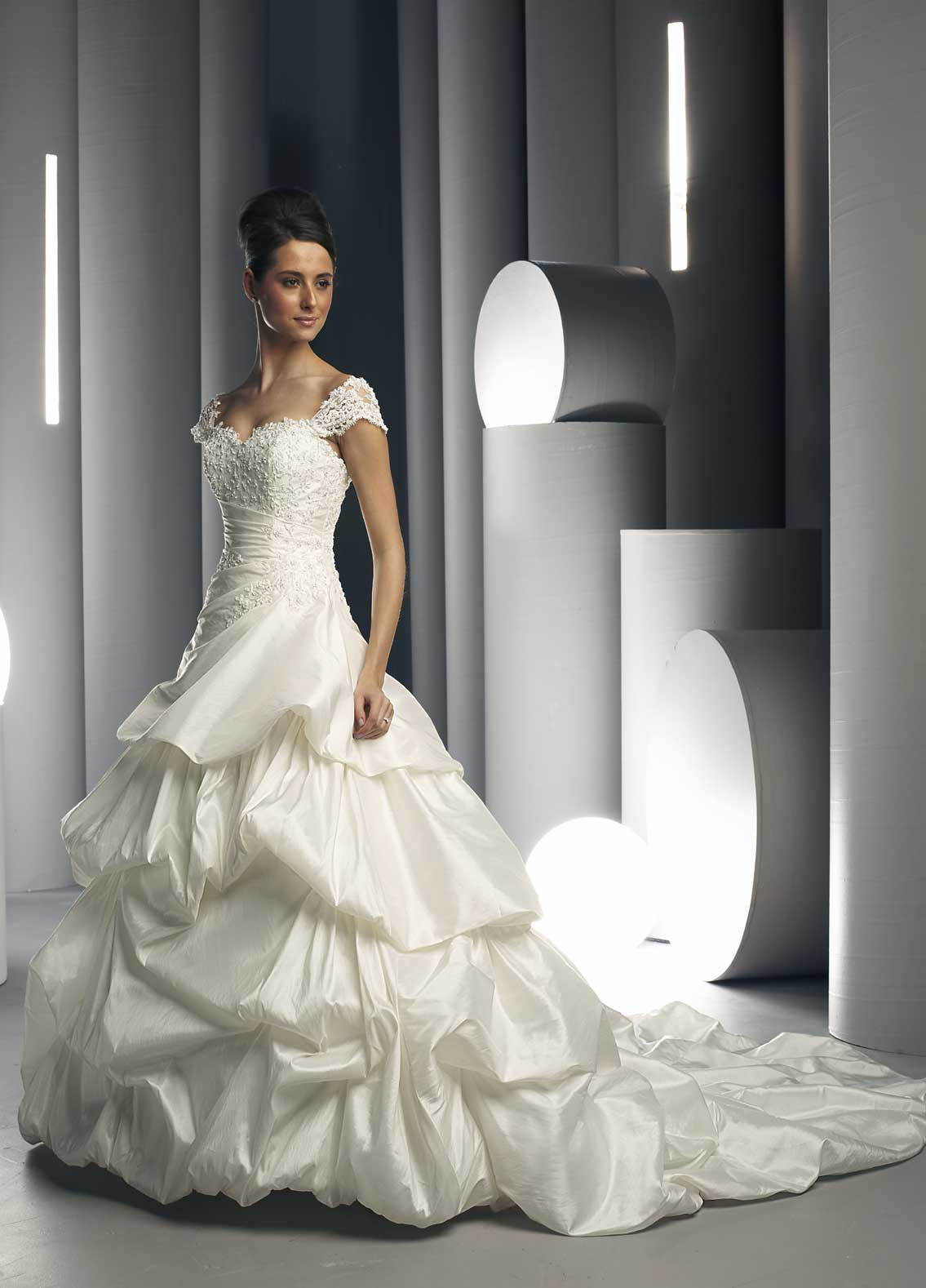 the tradition behind white wedding dresses white wedding dress white wedding dress with lace