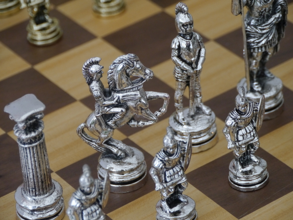 Steel Chess Pieces Roman Metal Chess Set 1278 426100