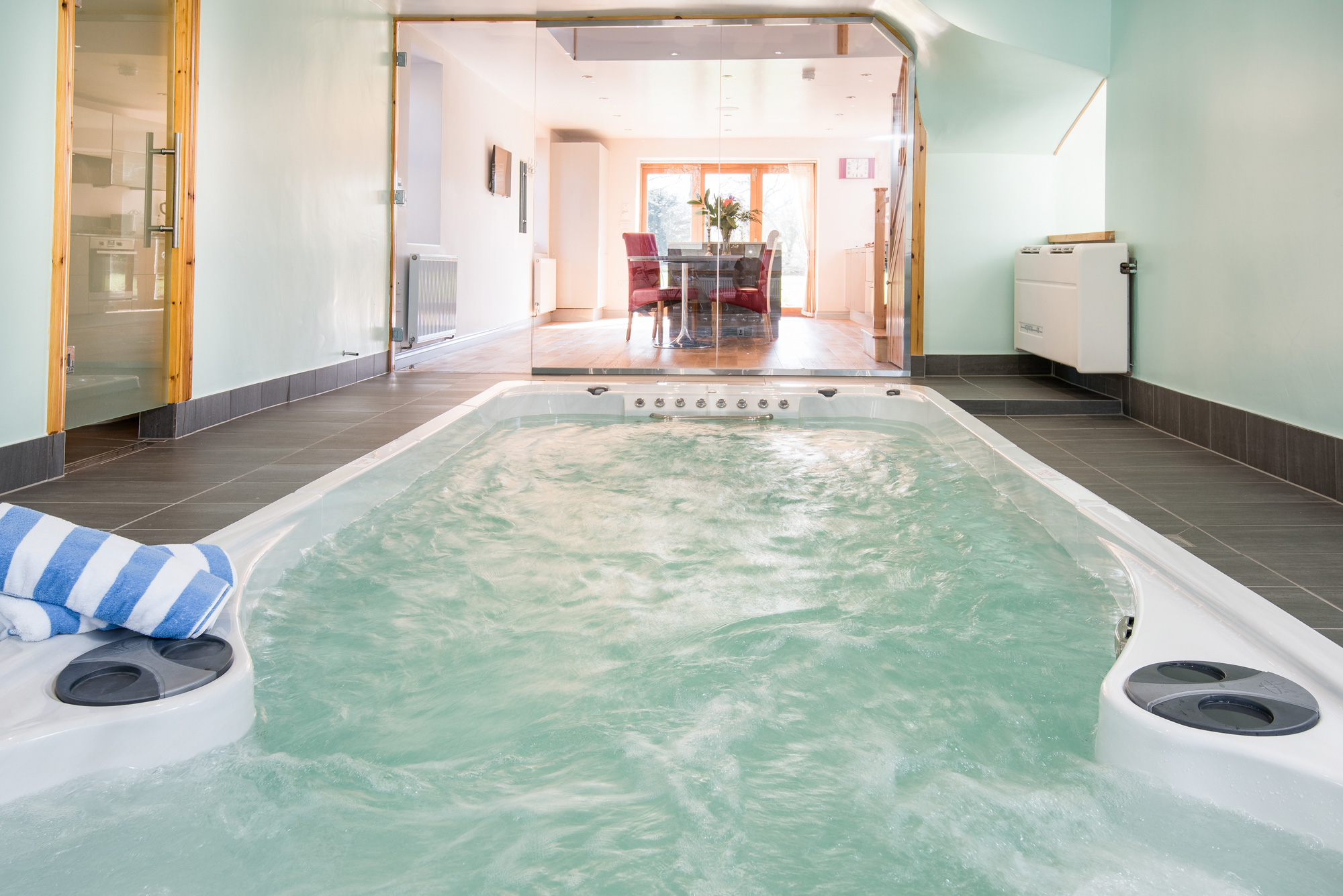 Jacuzzi Or Pool Pump The Retreat Luxury Self Catering Northumberland Cottage