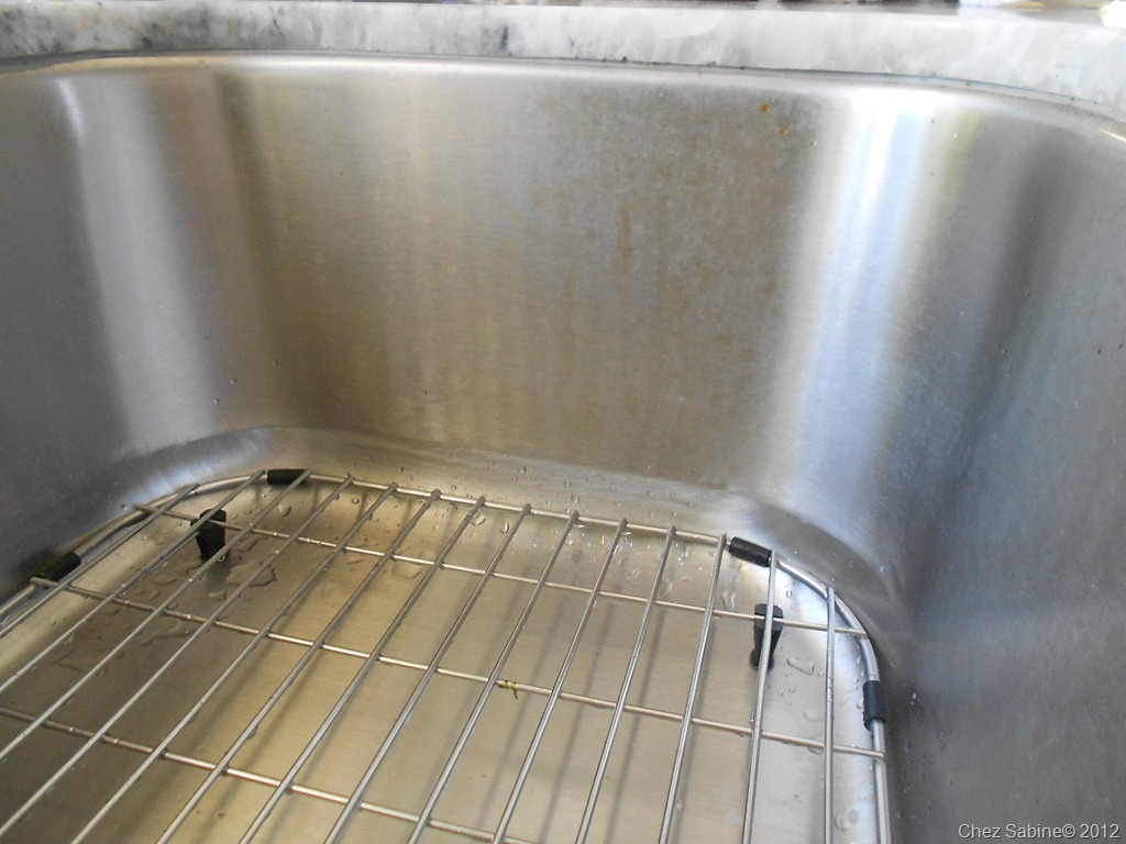 How To Clean Your Stainless Steel Sink In 10 Minutes
