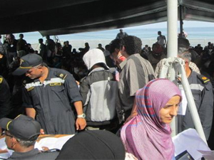Tweeted photo from Tom Kelly, U.S. Ambassador to Djibouti. Aboard the INS Tarkash, which evac'd 500+ from Aden to #Djibouti this a.m. Many Amcits on board. USA thanks #India!