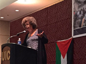 Angela Davis (Photo by Bill Chambers)