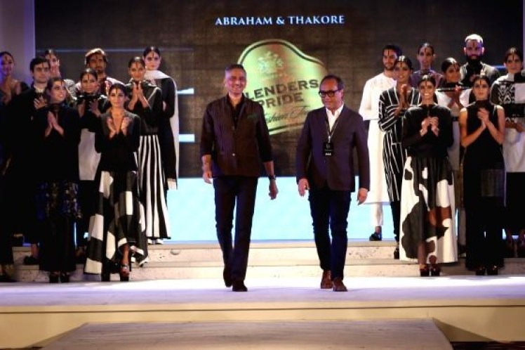 abraham-and-thakore-show-1
