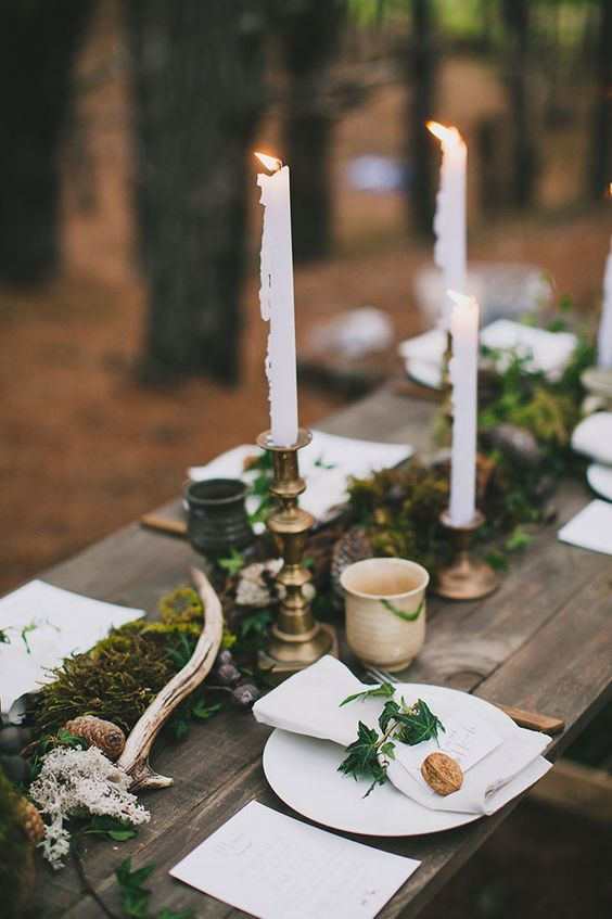 18 Ways To Use Deer Antler For Your Rustic Wedding Chicwedd