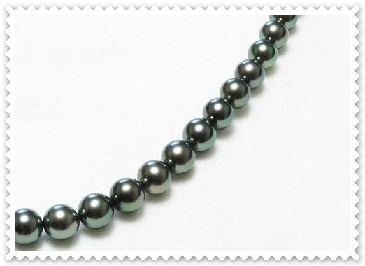 ピーコックグリーン真珠ネックレス