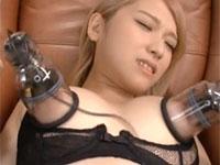 椎名そらちゃんが1日中乳首をこねくり責められまくり永遠の無限乳首イキ地獄で新たなる快感の世界へ!!