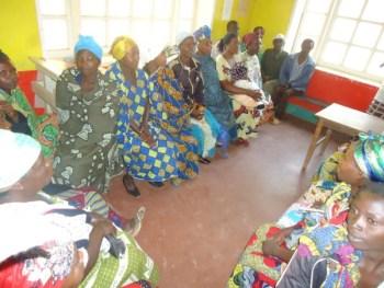 Réunion de femmes bénéficiant du programme Mbegu Nzuri